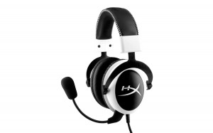 Foto HyperX Cloud Branco_Cloud_white_headset_side_hr_08_08_2014 09_23