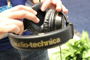 Audio_Technica_CES_05_marked