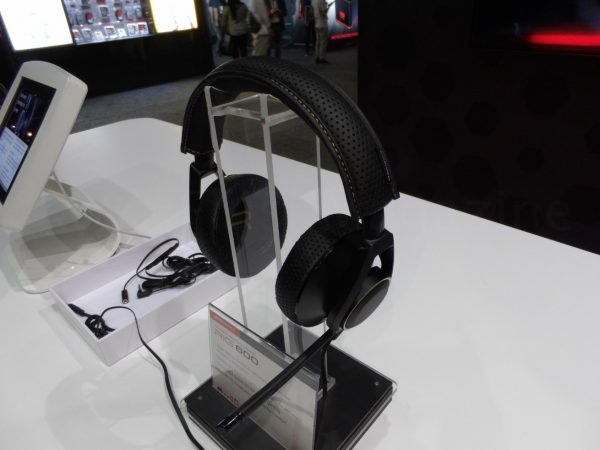 E3_2016_Plantronics_04_marked