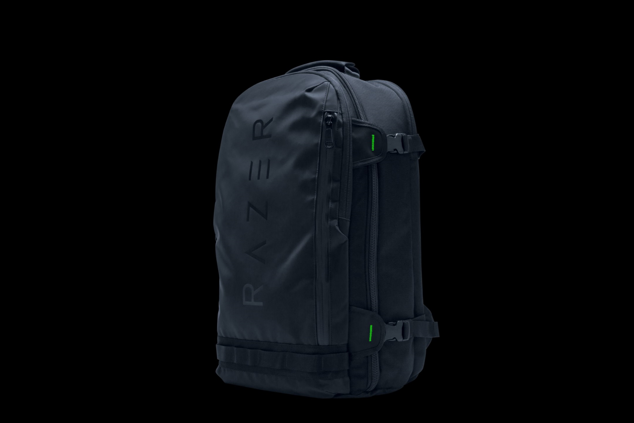 RFMag Holiday Gift Guide 2017: Razer Rogue 17.3 Laptop Backpack